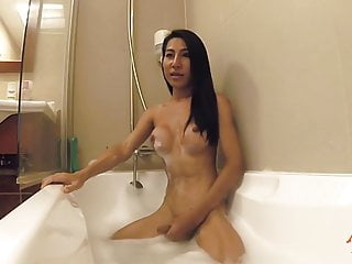 Ladyboy Thippy69 in the Bathtub