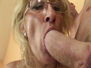 with stepson rimming enjoys Horny grandma