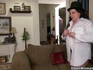 An older lady means enjoyable half 162