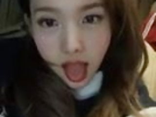 Asian Celebrity porno: Nayeon kpop twice show tongue beautiful