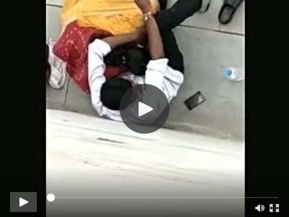 देसी मौसी सड़क पर चुदाई वीडियो