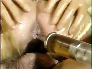 Gummiklinik Urineinlauf mit Spritze