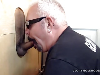 Horny latin man gloryhole...