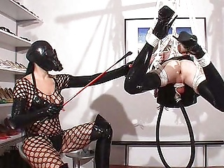 sissy slut in extrem bondagePorn Videos