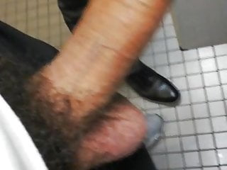 Urinal action