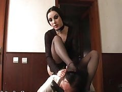 Mistress Bojana - Feet And Heels Smelling