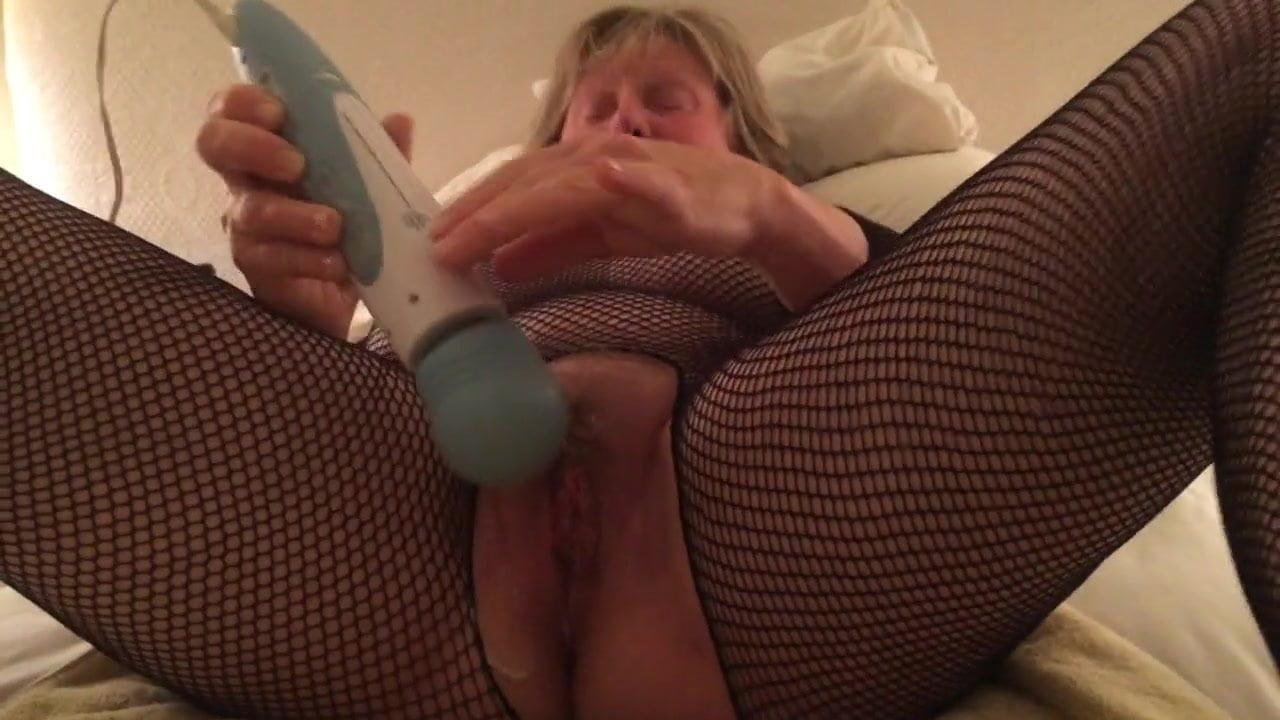 Solo Pornstar Intense Orgasm