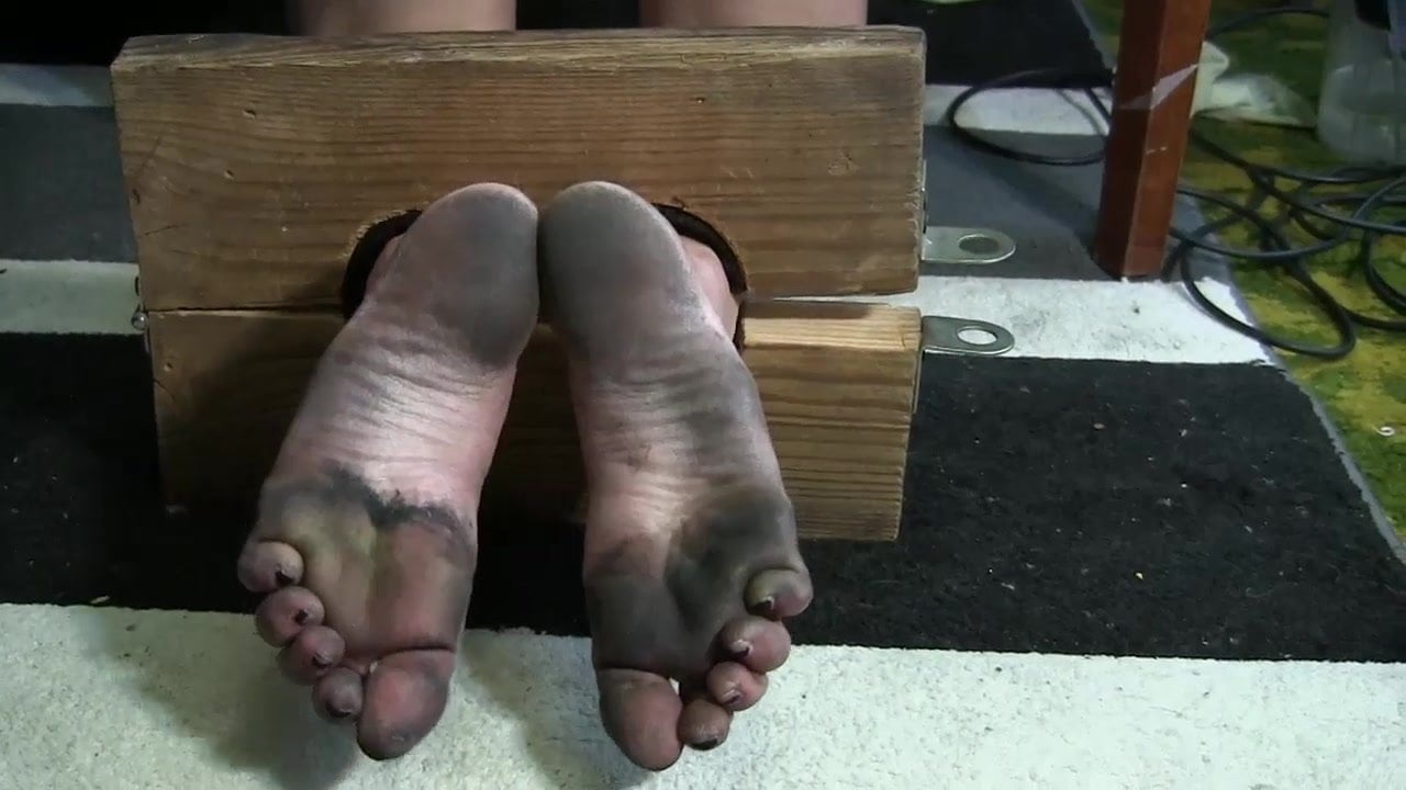 Dirty Feet Cleaning Slave