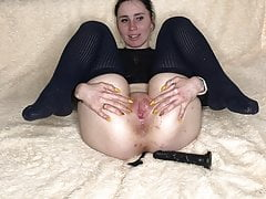 Mom Zetration Has Fun With A Big And Fat Didlo and ends loudly