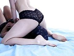 Voor mijn plezier gezichtpassing met een zwart sexy slipje