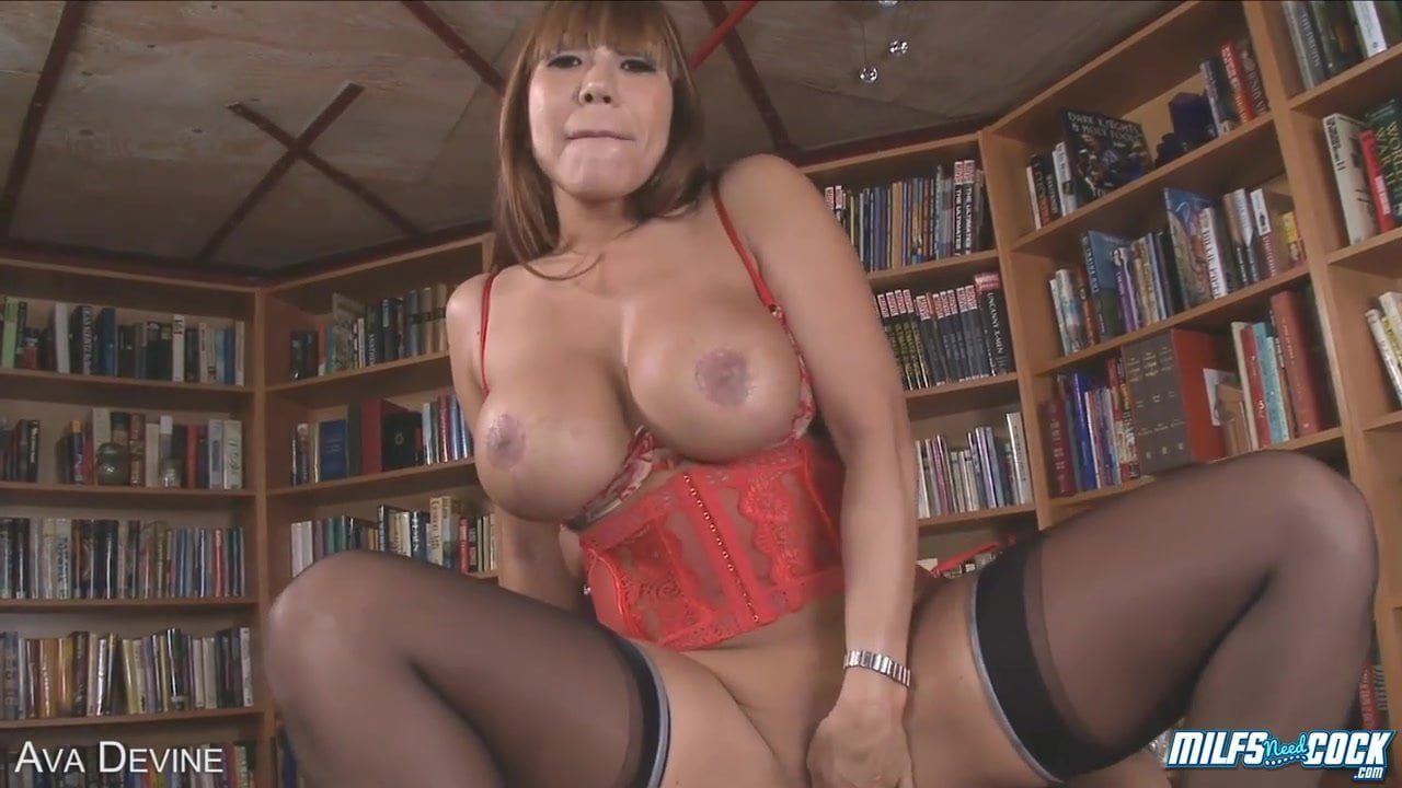 Asian Milf Stockings Creampie