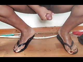 Cums with nice pedicure toes...