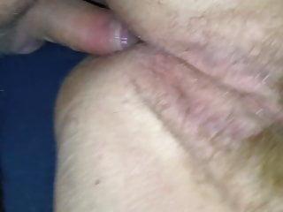 In den Arsch gespritzt