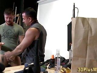 Bulky bear gets spermed giving cock head