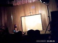 striptease 7