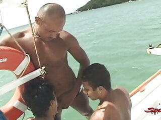 Sparta – Hardcore Cock Riding And Mouth Fucking On A Boat!