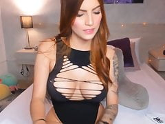 Hot Honey Voluptuously Plays Her Pussy