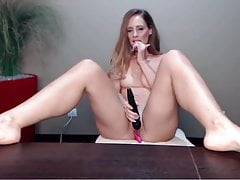 mature beauty spreading her legs  showing her soles Porn Videos