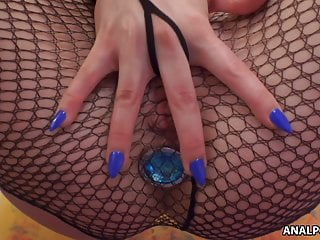 Anal and toy at once for this beautiful brunette
