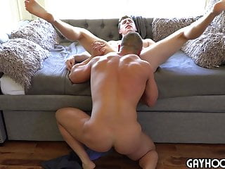 MUTUAL JERK LEADS TO ADRIAN SPREADING THAT ASS OPEN!