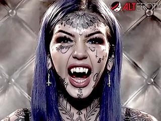 HO HUNTERS Il fantasma tatuato Amber Luke vuole scopare