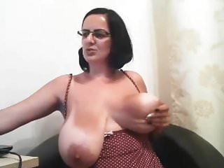 Tits on cam...