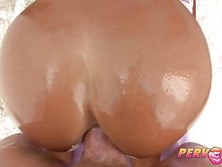 PervCity Hot Cougar Ass scopata