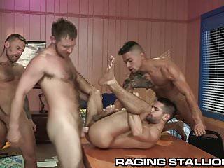4 cute big dick college nerds play board...