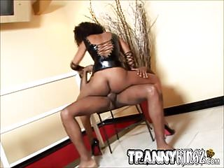 Black tranny sucks cock...