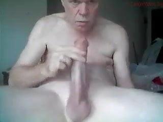 Hung grandpa selfsucks dick...