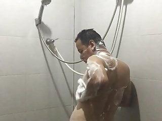 Kong deaf m take a shower bathroom 2020...