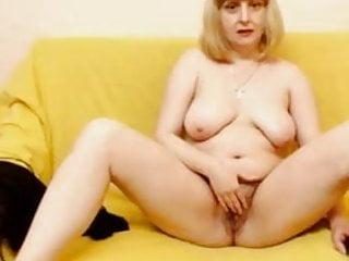 Lady raisa...