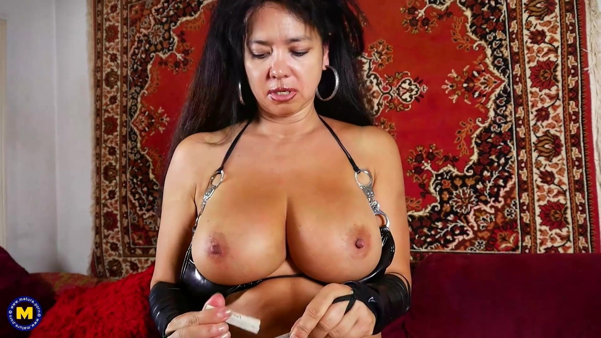 Rough sex loving busty mature mother