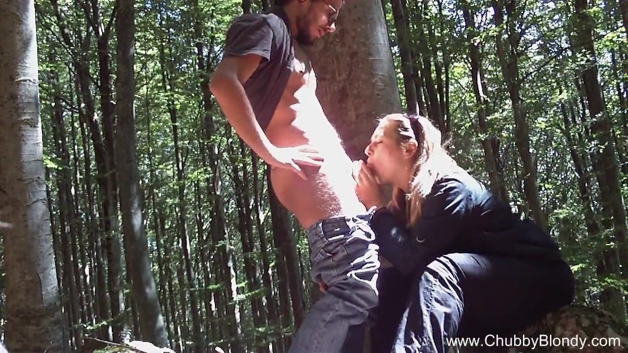 amateur bbw fucks in the woods