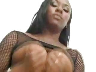 Ariel Alexus: Analized and takes 3 loads on her tits