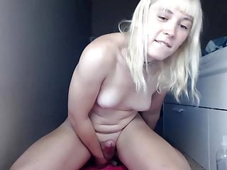 Prencess dreams her of your rides dildo