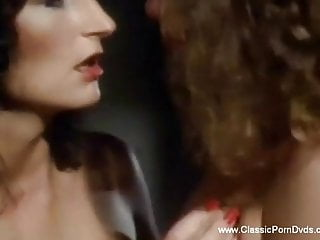 Arousing blowjob session of a sexy woman to...