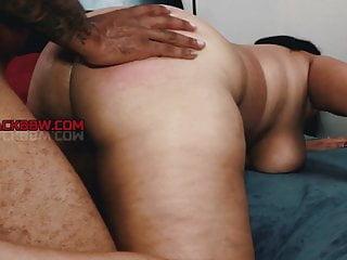 THICK SEXY EBONY MILF