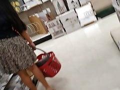 Asian lady upskirt