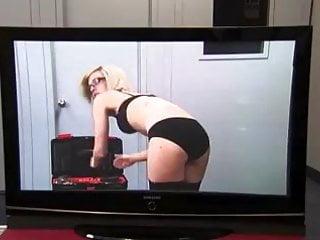 Sexy Public Prank: X-Ray TV