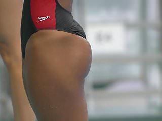 Big Butt Diver
