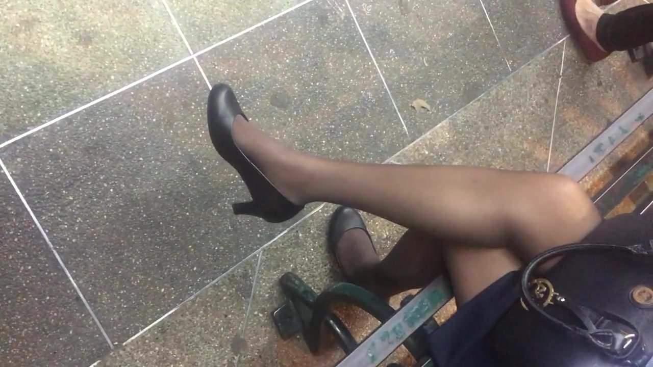 Negro Con Flaquita Latina Porno Castellano nylons ricas piernas sexysla flaquita banquera - piernas