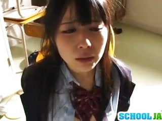 淫蕩的日本女學生魯卡