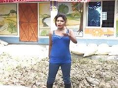 Desi Bhabhi Dance Video