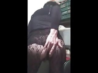 Crossdresser black dressend love long dildos...