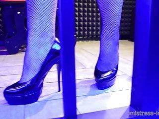 feet N198...