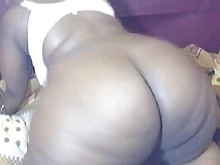 Huge Ebony Webcam Ass !!!