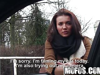 Mofos – Stranded Teens – Pretty Hitchhiker Has a Nice Ass st