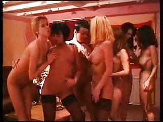 Amateur Lesbian Game