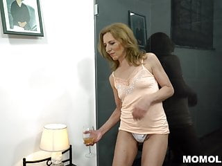 unshaved mature pussy filled with big dickHD Sex Videos